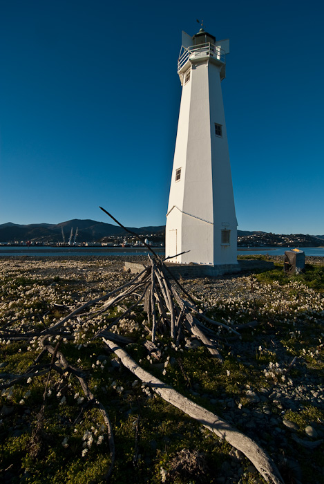 Nelson Boulder Bank Lighthouse